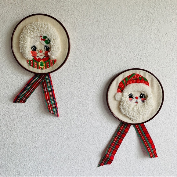 Vintage Mr. & Mrs. Santa Claus Wall Hanging